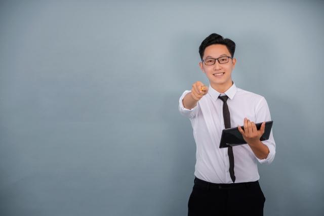 塾選びガイド-講師の違い-正社員講師