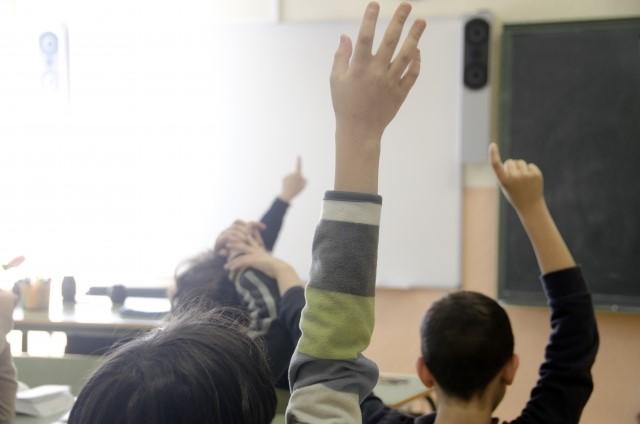 進学塾とは|学習塾、補習塾との違いや、メリット・デメリットを紹介!
